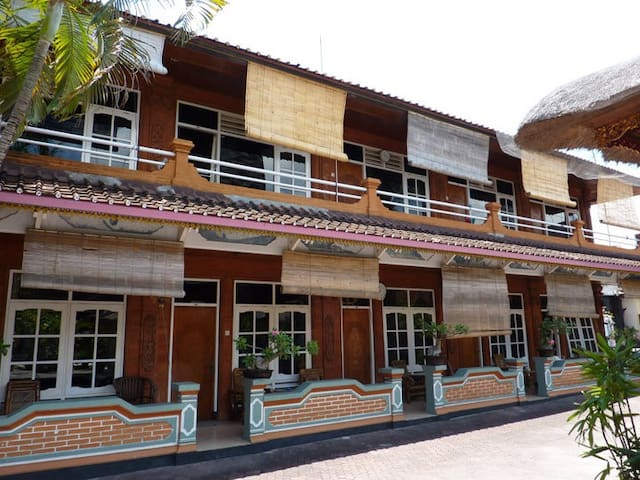 Surf Doggie Tropical balinese Style -  Badung - Bed & Breakfast