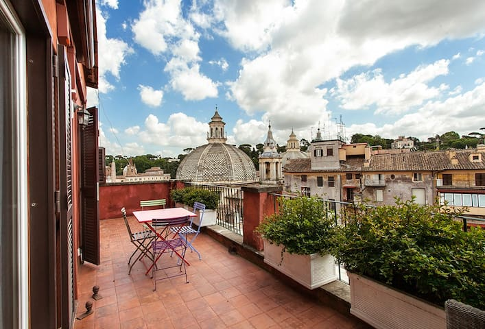 Apartment with a Private Exclusive View Terraces