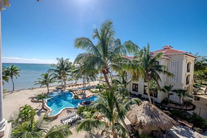 202 - 2 Bedroom 2 Bathroom Beachfront Condo