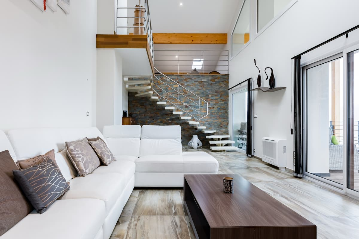 Loft-Style New Build with Panoramic Lake Annecy Views