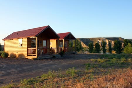 Crossings Winery Cabins - Glenns Ferry