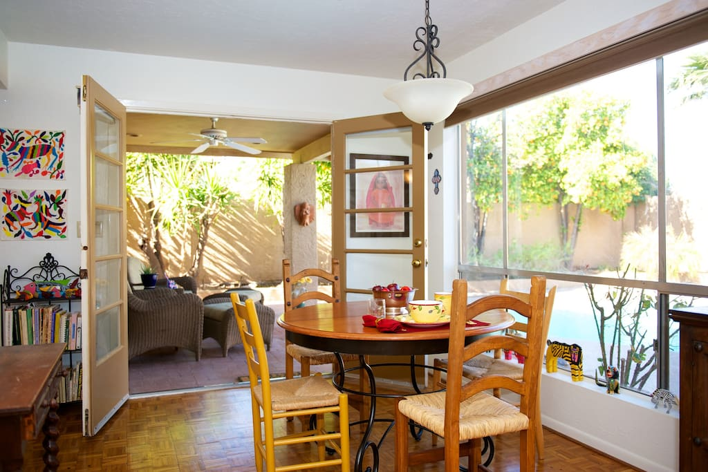 Enjoy breakfast in this cozy dining area that opens to outdoor seating area and pool/spa.
