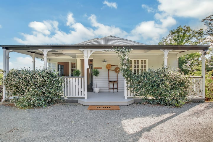 Spectacular valley views, Coorabell cottage