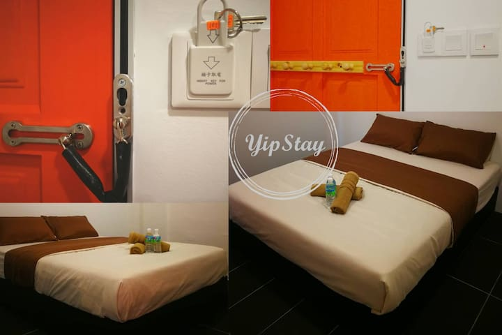 YipStay 103 | Budget Double Room | 2 pax