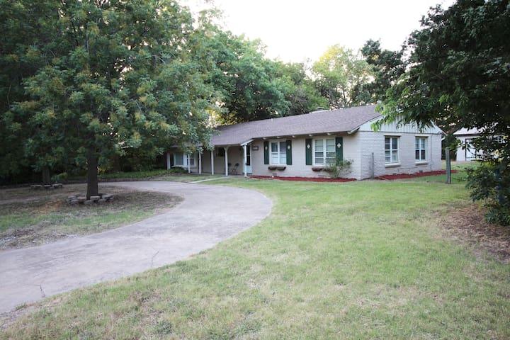 Whitetail Cottage