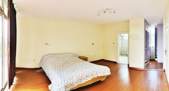 Spacious two bedrooms and bathrooms
