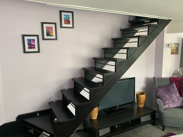 Stairs/ Lounge