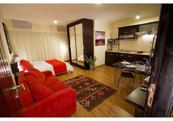 NEWCITY Fully Serviced Apts DELUXE - Le Caire - Bed & Breakfast