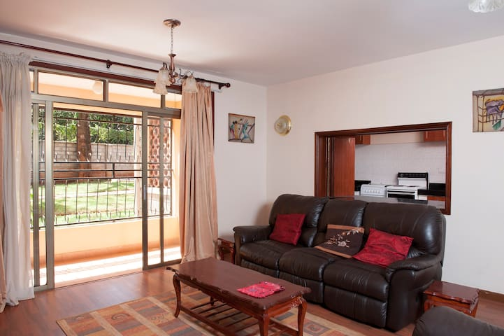 3 bed 3.5 bath Elegant Apt in Kile. - Nairobi - Apartment