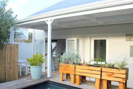Codie's Garden Cottage Eastcliff Hermanus