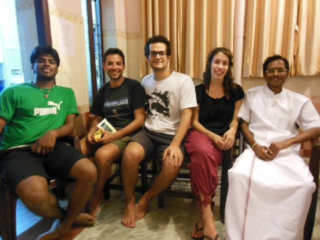 A private room by MG Road - Puducherry - Bed & Breakfast