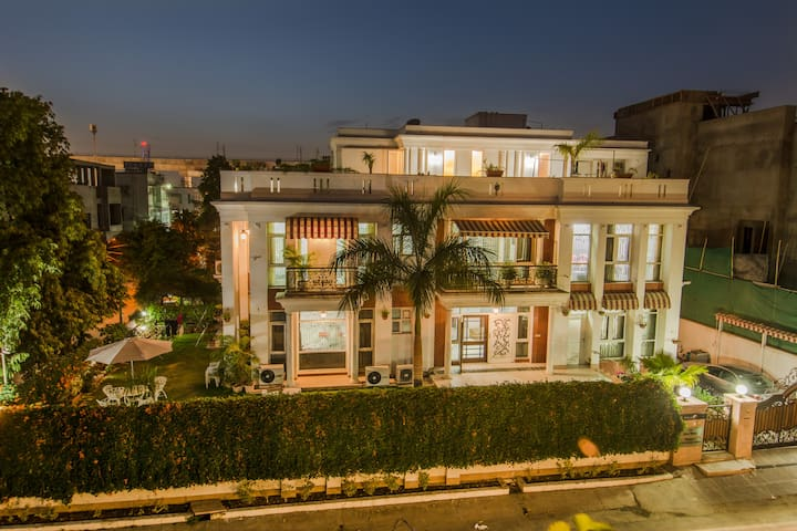 ★4 Room,Personal Cook -Jaipur, Luxury Stay PALM34★