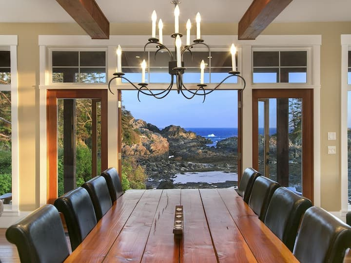 Oceanfront Beach House - Black Rock Beach House
