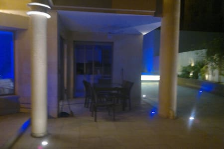 COMME UNE VILLA EILAT piscine pr 6 - Eilat - Apartment