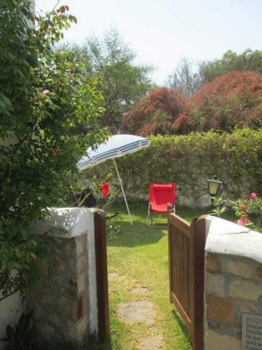 Private garden/ Jardin privé