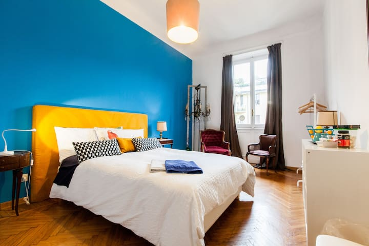 CENTRAL STATION Exclusive room!! - Milà - Bed & Breakfast