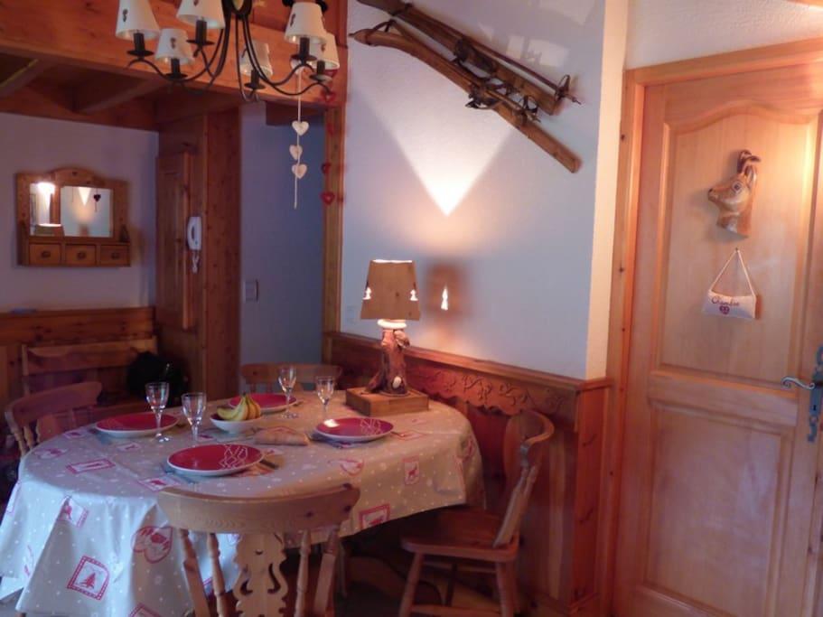 La table joliment dressée