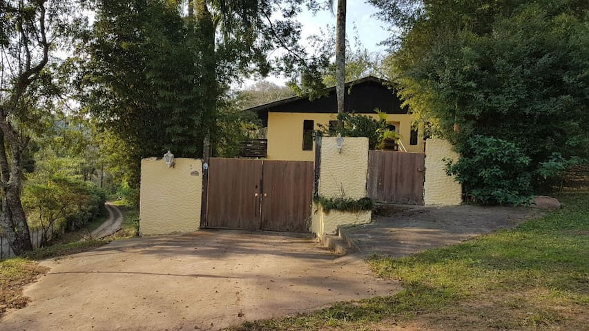 Casa Serra da Cantareira -Al. Grécia Pq Petrópolis
