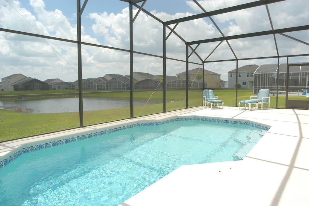 Pool & Lake View