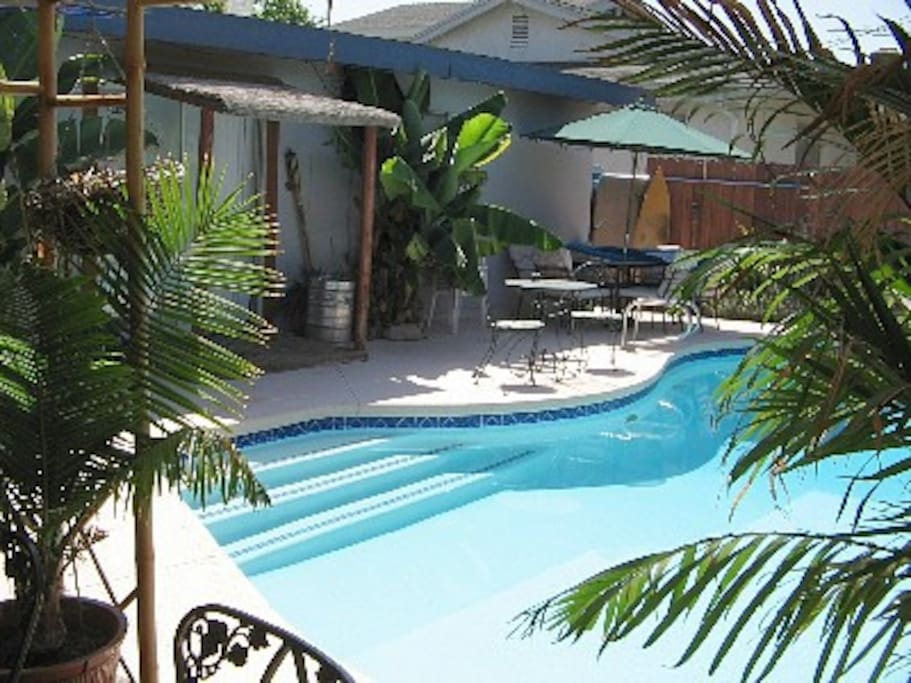 Disneyland vacation pool home houses for rent in anaheim - Florida condo swimming pool rules ...