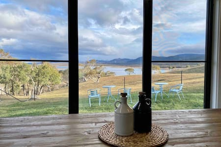Lake Jindabyne Estate - Brumby Chalet