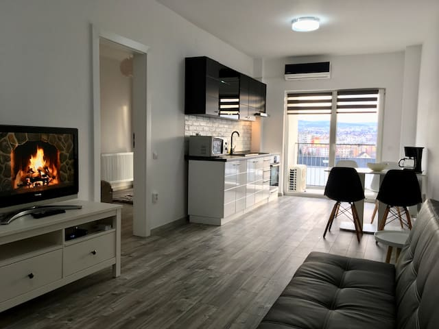 Welcoming and cozy apartment with great city view