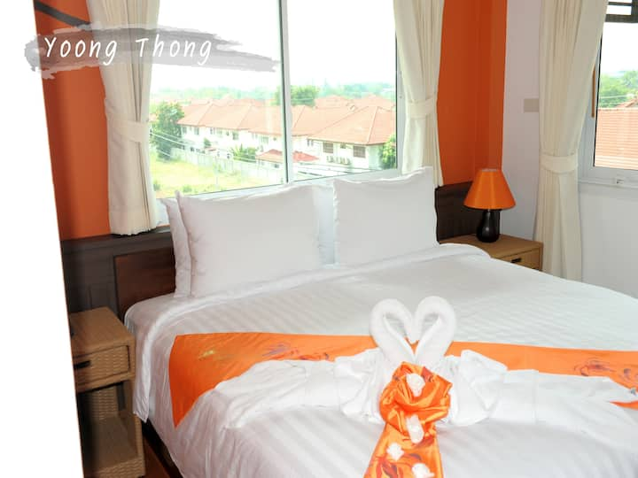 Yoong Thong Double Standard Room