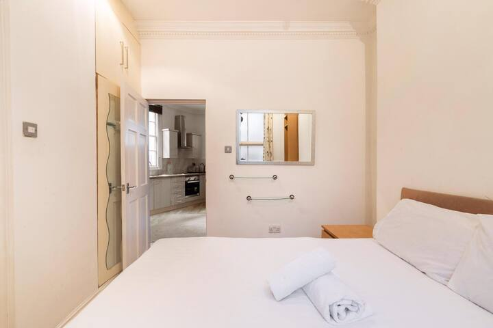 Cozy 1 bedroom Apartment Oxfordstr/Edgware road