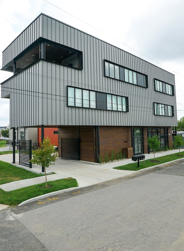 Modern Industrial Suite in the Southside