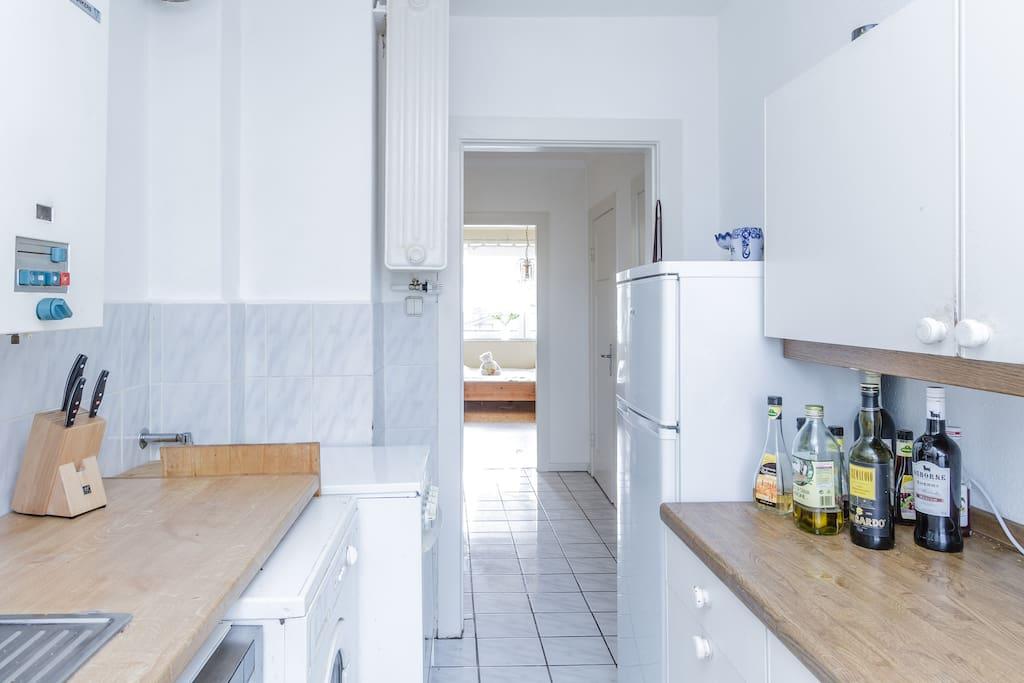 sonniges freundliches zimmer wohnungen zur miete in hamburg hamburg deutschland. Black Bedroom Furniture Sets. Home Design Ideas