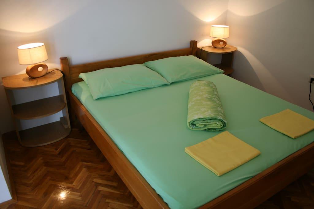 Green app - bedroom...