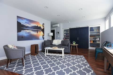 N. Asheville Retreat with King Bed and Views
