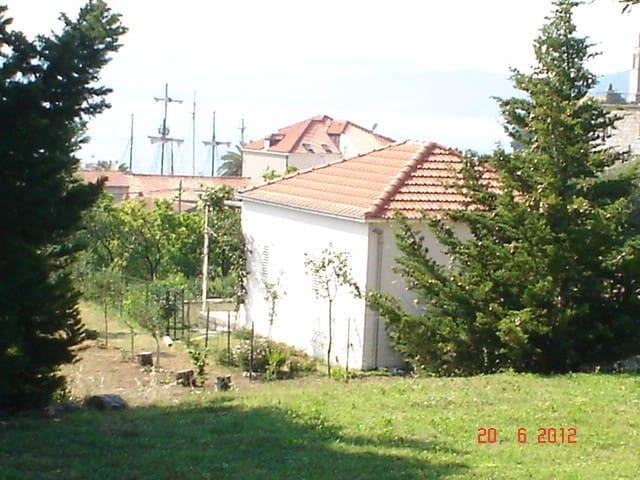 APARTMENT DORA  -  LOPUD, Dubrovnik - Dubrovnik - House