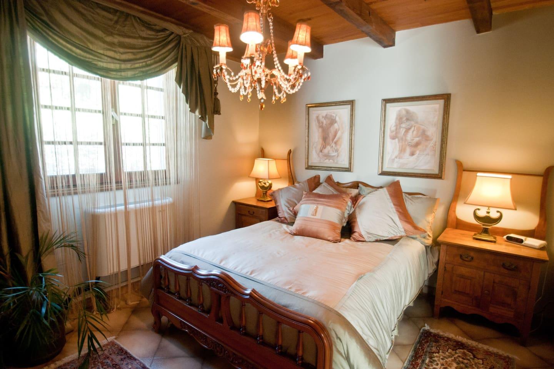Chambre la comtesse avec grand lit double