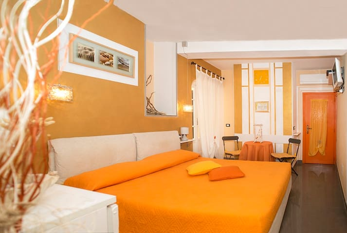 B&B I Coralli Yellow gorgonia room - Monterosso Al Mare - Bed & Breakfast