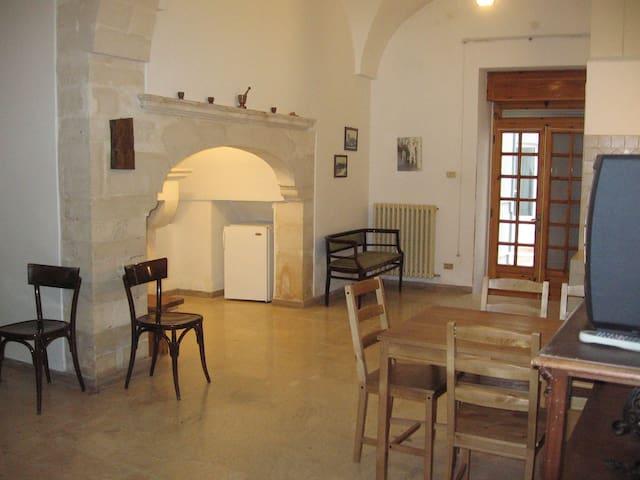 Appartment in the old town - Martina Franca - Apartamento