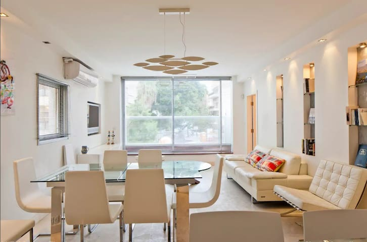 Amazing 3 bedrooms apt on the sea - Mapu st - Tel Aviv-Yafo - Apartemen