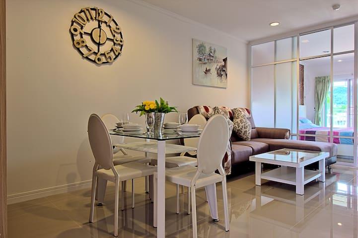 Superb condo in the heart of Hua Hin. - Tambon Hua Hin - Apartment