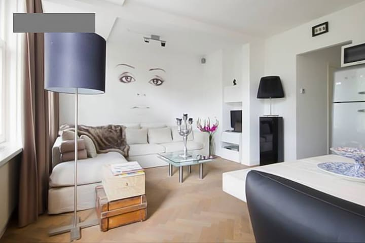 Well located, romantic 2 pers apartment Amsterdam