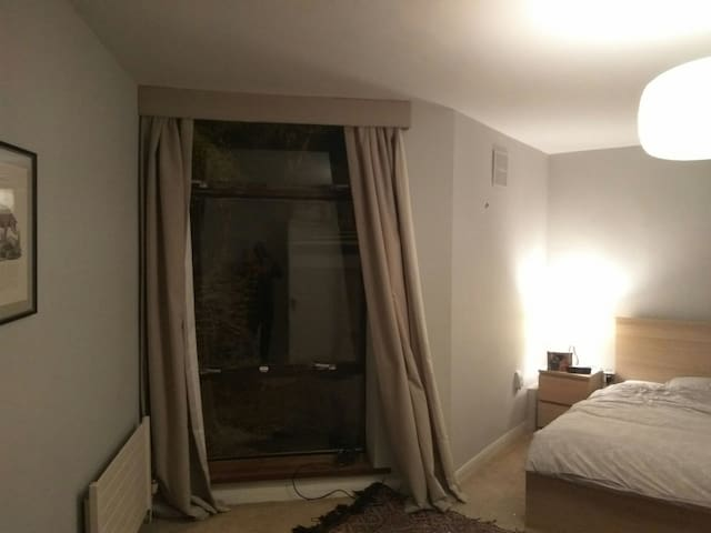 Flat @ Ballsbridge/ Donnybrook, Embassy, RDS - Ballsbridge