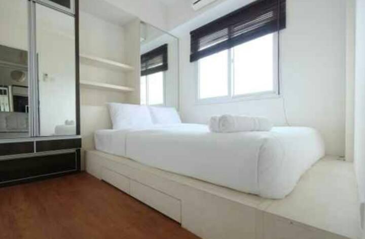 Cozy 2 Bedroom at Premi Inn Mutiara Bekasi