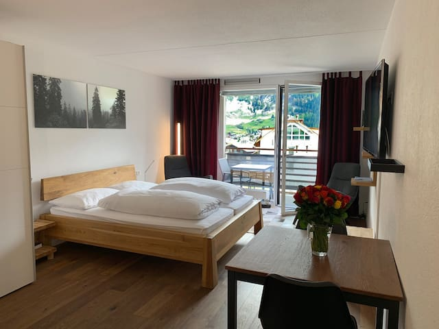 Zentrales Studio in Flims-Waldhaus (Pool, Sauna)