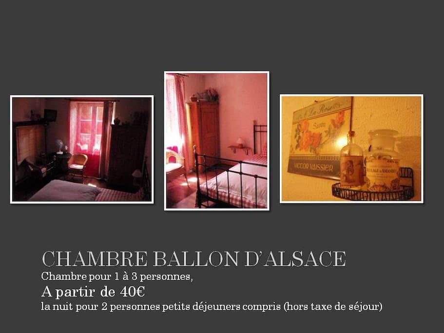 """Chambre-Room  """"Ballon d'alsace"""" , 1 lit double+1 lit simple - 1 double bed+1 simple bed"""