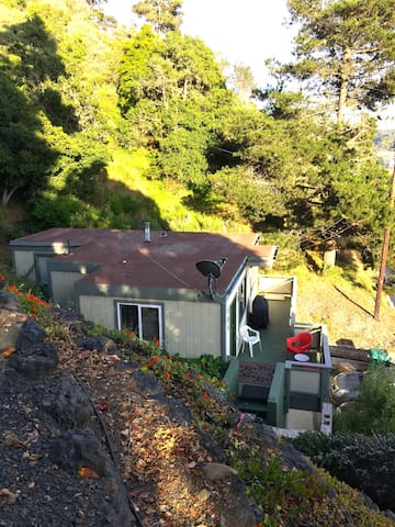 Entire Guest House Near Ocean - Cambria