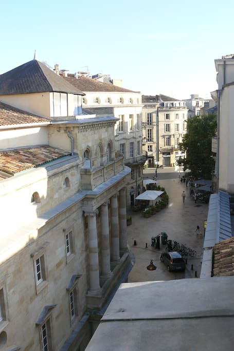 Grand t2 triangle d 39 or bordeaux appartements louer for Appartement t2 bordeaux location
