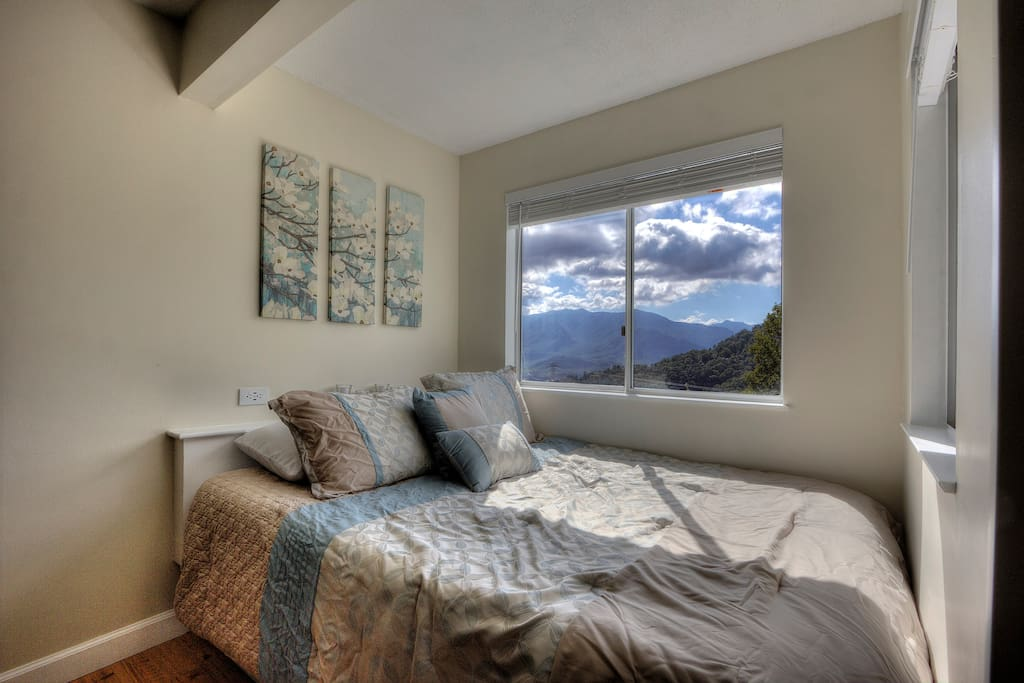 New Queen Memory Foam Mattress with large window view of Mt Leconte