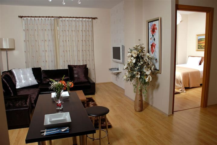 Airport Residence Kurtköy - Istanbul - Bed & Breakfast