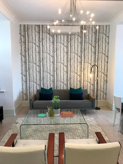 Open plan living area with air-conditioning for cooling & heating
