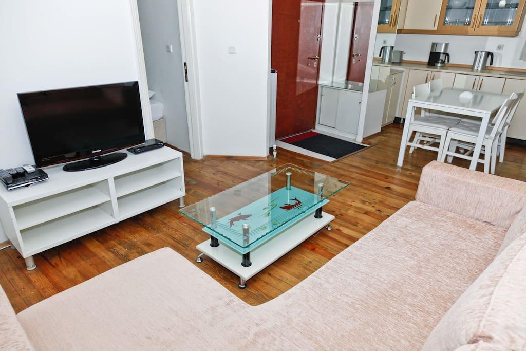3rd Floor, 2 Bedroom Apartment