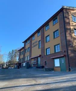 Stor 3 roms leilighet som er nær travbanen og E18.